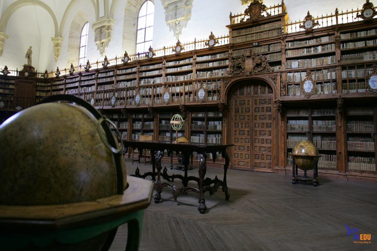 Những khóa học Salamanca of University đào tạo