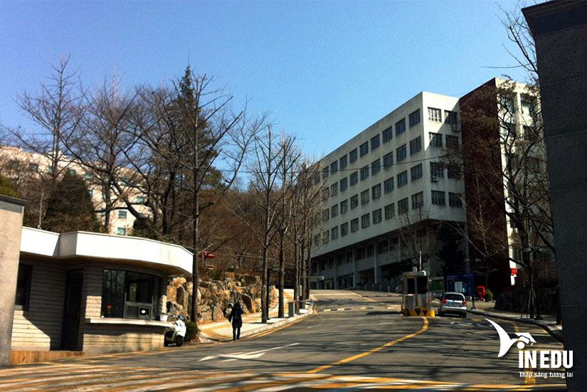 Đại học Chong Shin – Trường tư thục lâu đời giữa lòng Seoul