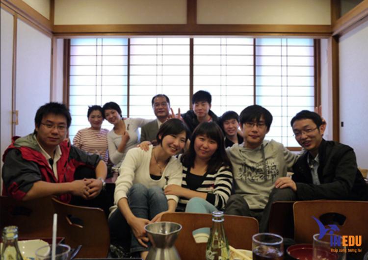 Sinh viên đang theo học tại trường