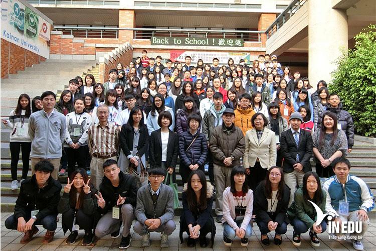 Sinh viên tốt nghiệp đại học Kainan luôn được doanh nghiệp lớn săn đón