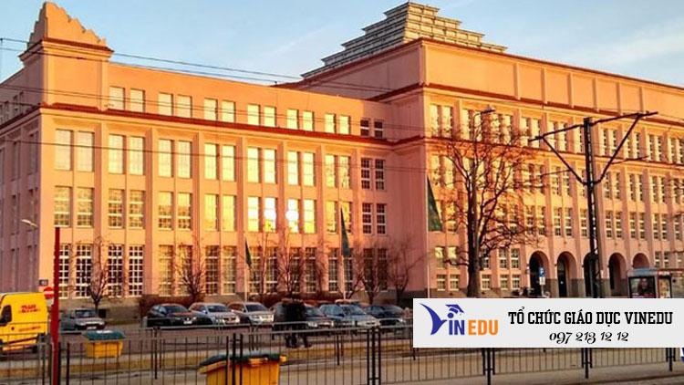 Trường đại học kinh tế Warsaw