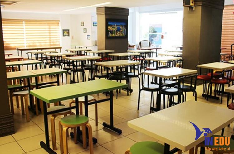 Trường sở hữu hệ thống CSVC khang trang
