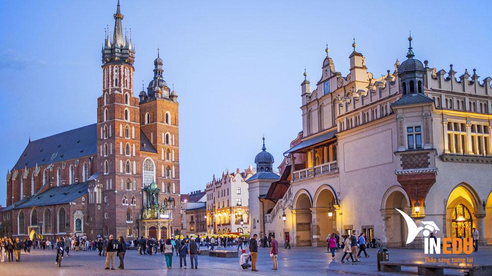 Chia sẻ kinh nghiệm học tập tại Ba Lan