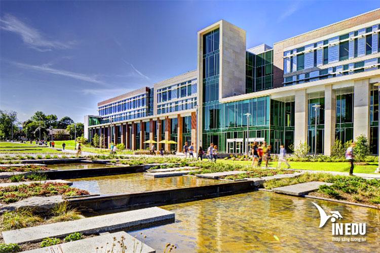 Western Michigan University được công nhận là trường đẳng cấp nhất tại Hoa Kỳ trong vòng 21 năm qua