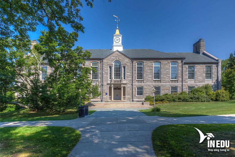 Đại học Rhode Island - ngôi trường được Forbes Review đánh giá rất cao