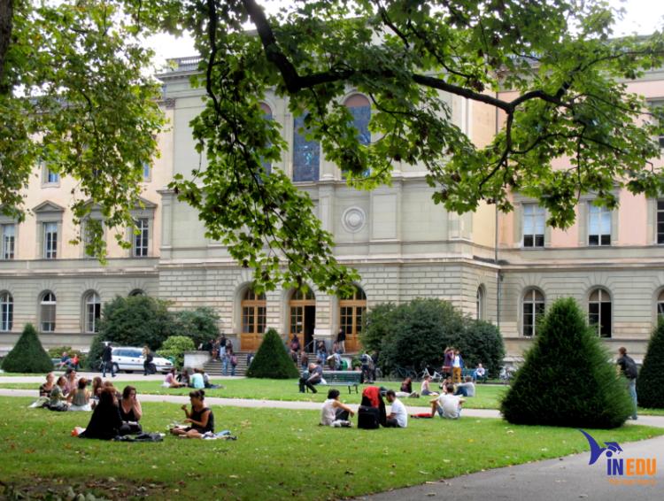 Đại học Geneva