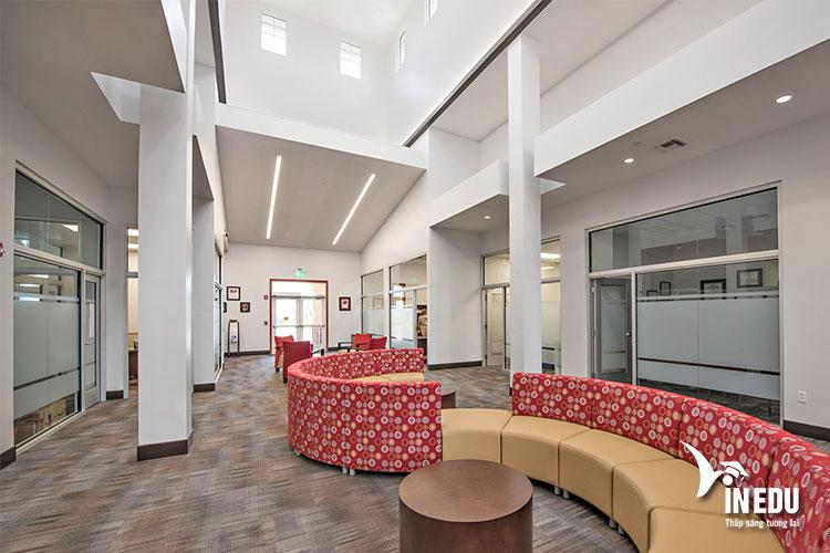 Trường Gannon có cơ sở vật chất hiện đại, tiện nghi