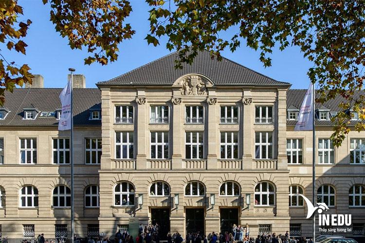 Đại học tổng hợp Koln là ngôi trường giàu truyền thống bậc nhất nước Đức