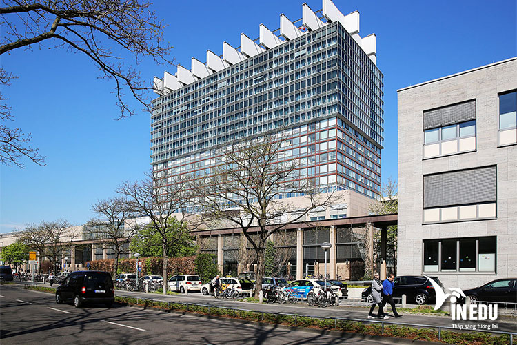 Trung tâm y tế - đại học tổng hợp Koln