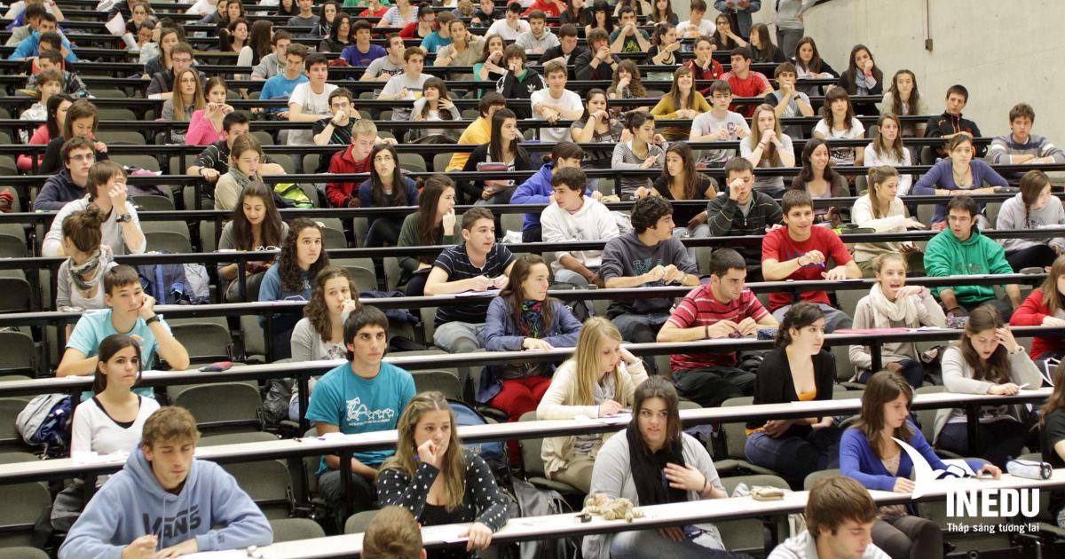 Học phí của 13 trường tiếng hàng đầu tại Tây Ban Nha