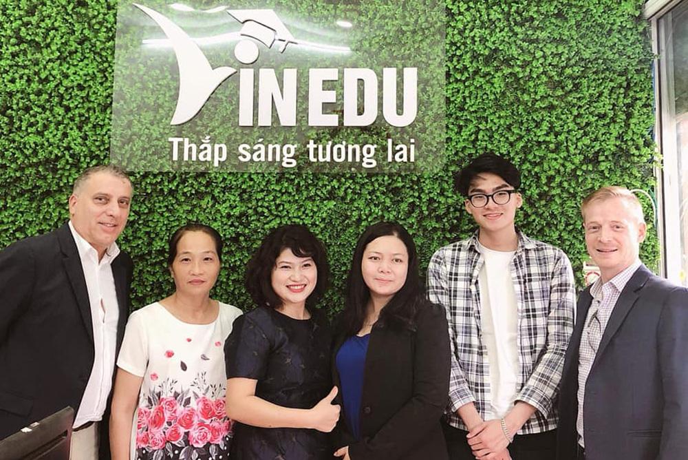 Hướng dẫn phỏng vấn học bổng du học đa quốc gia