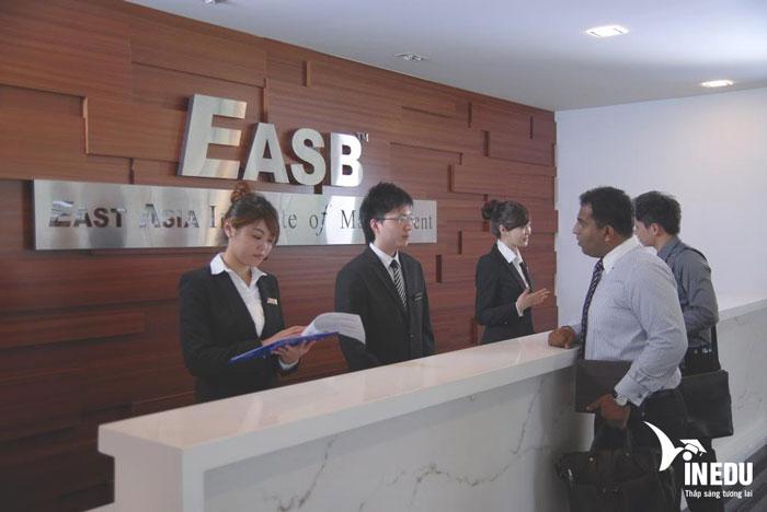 Du học Singapore học viện EASB – Cơ hội học chuyển tiếp Anh, Úc