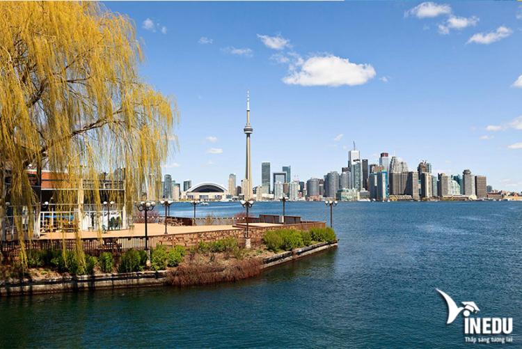 Giới thiệu đôi nét về thành phố Toronto