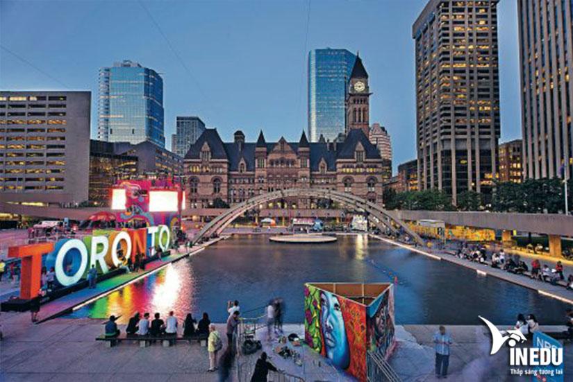 Mọi thoongtin chi tiết khi du học và sinh sống tại thành phố Toronto xinh đẹp