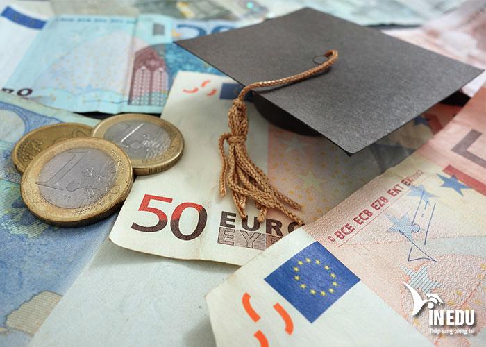 Để du học Hà Lan, bạn cần có đủ tài chính