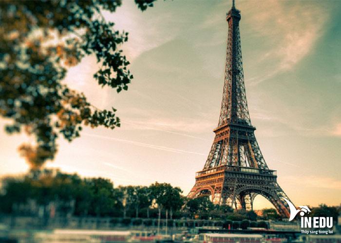 Du học Pháp bạn được đắm chìm trong văn hóa đậm đà bản sắc của người Pháp