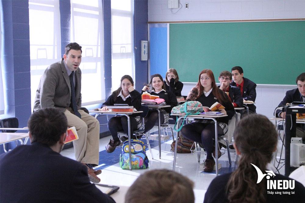 Học bổng du học Mỹ lên đến 5.000$ tại trường Paul VI High School