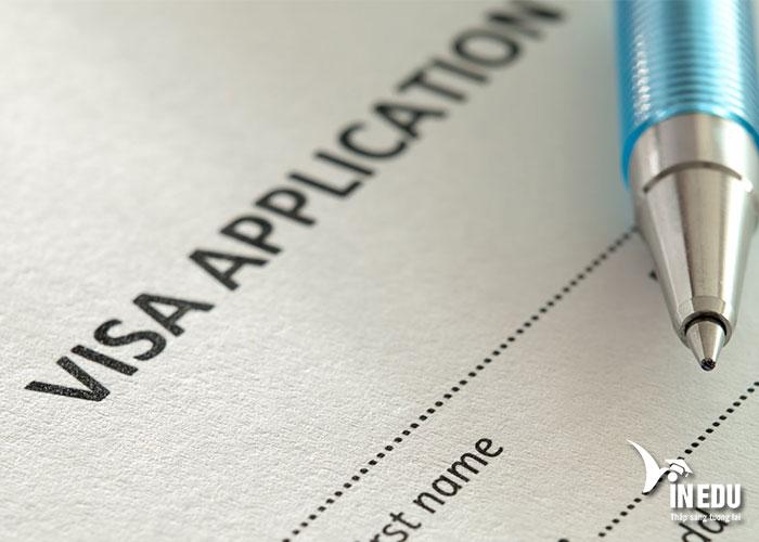 Khi xin visa, bạn cần chuẩn bị đầy đủ giấy tờ và hồ sơ