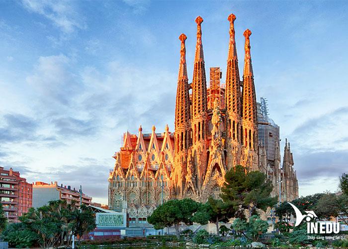 Kinh nghiệm du học tại Barcelona, Tây Ban Nha