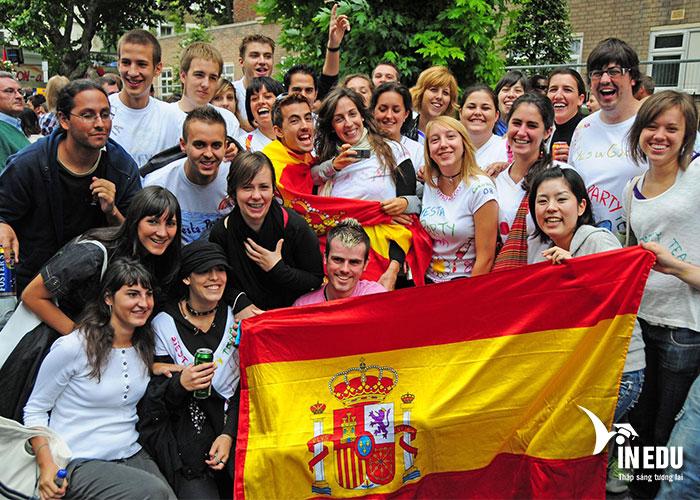 Phỏng vấn du học Tây Ban Nha bạn hãy tự tin và bình tĩnh