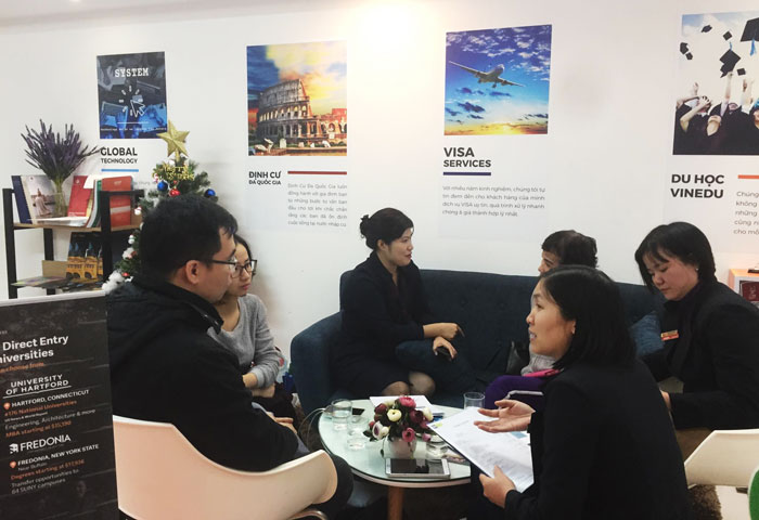 Tiếp đại diện tuyển sinh và học sinh quan tâm hệ thống trường UTP Highschools