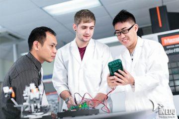Có bằng Cao đẳng, Đại học để làm gì mà không làm việc tại Nhật Bản?