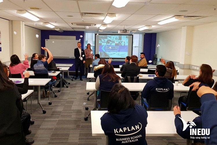 Học bổng du học Úc lên tới $3.000 tạo Kaplan Business School