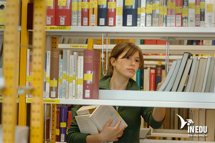 Du học sinh cần phải tìm hiểu kỹ càng về điều kiện xin nhận học bổng DAAD
