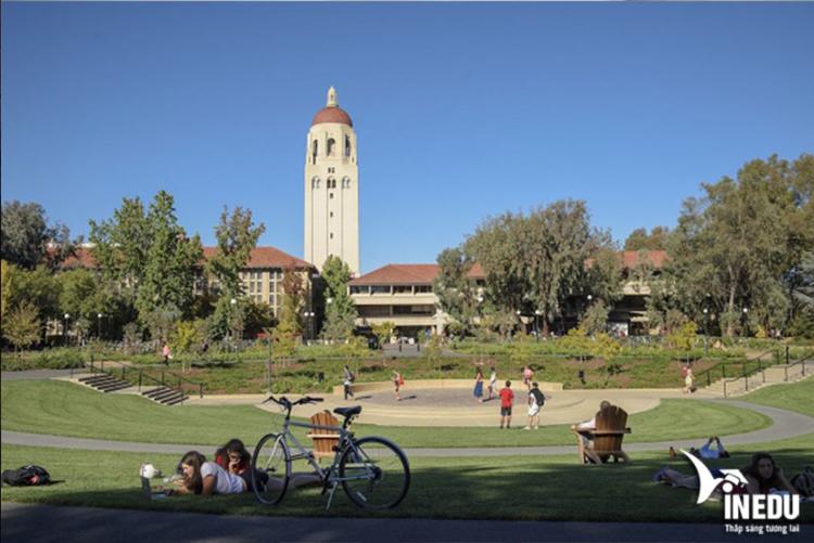 Chi phí học tại Stanford
