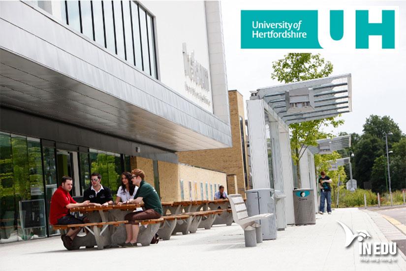 Đại học Hertfordshire Anh – ngôi trường năng động và hiện đại