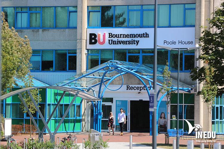 Mức chi phí của trường Bournemouth ở mức vừa phải