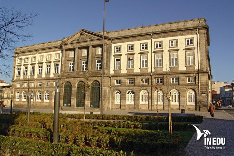 Nền giáo dục Bồ Đào Nha tự hào có mặt trường Đại học Porto