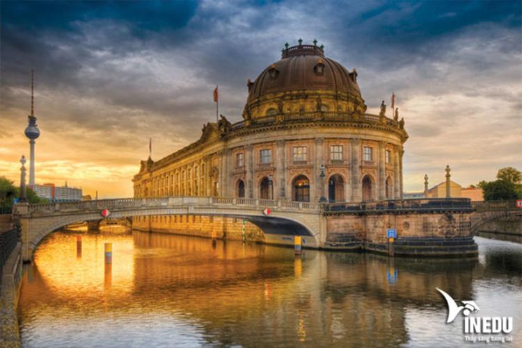 Đảo bảo tàng ở Berlin