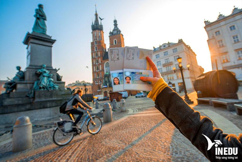 Du học Ba Lan nên chọn trường nào