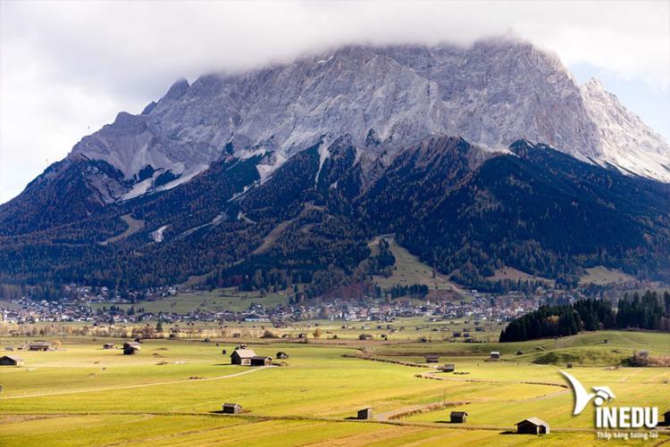 Khối núi Zugspitze