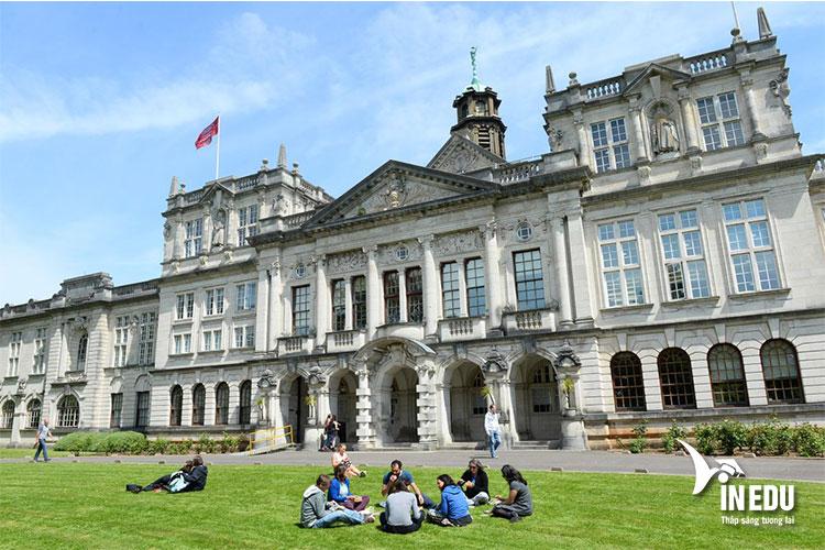 Điều kiện nhập học dành cho sinh viên quốc tế