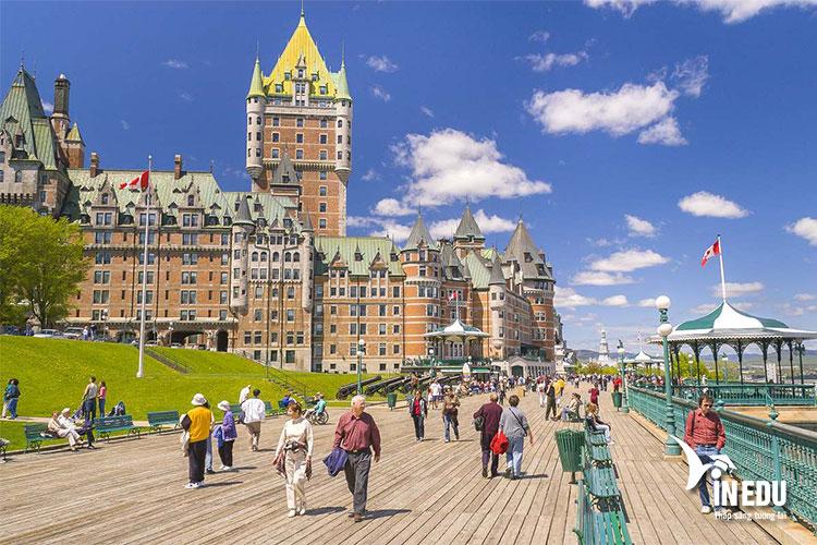 Các cơ hội học tập và trao đổi sinh viên tại Canada