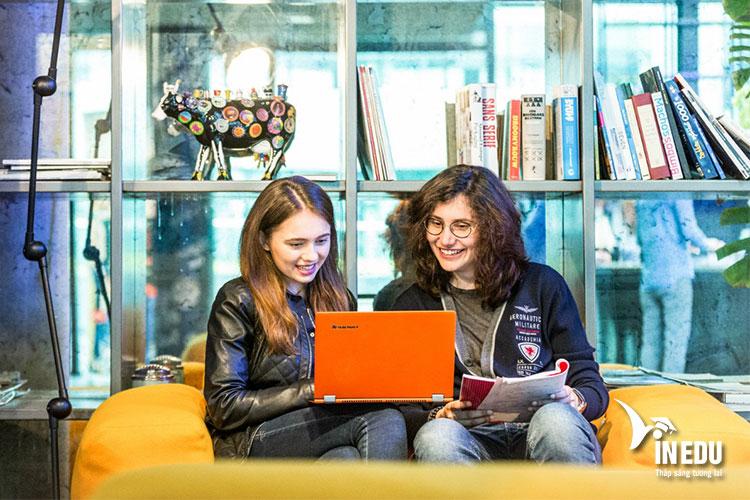 Các khóa học hàng đầu tại Holland International Study Centre