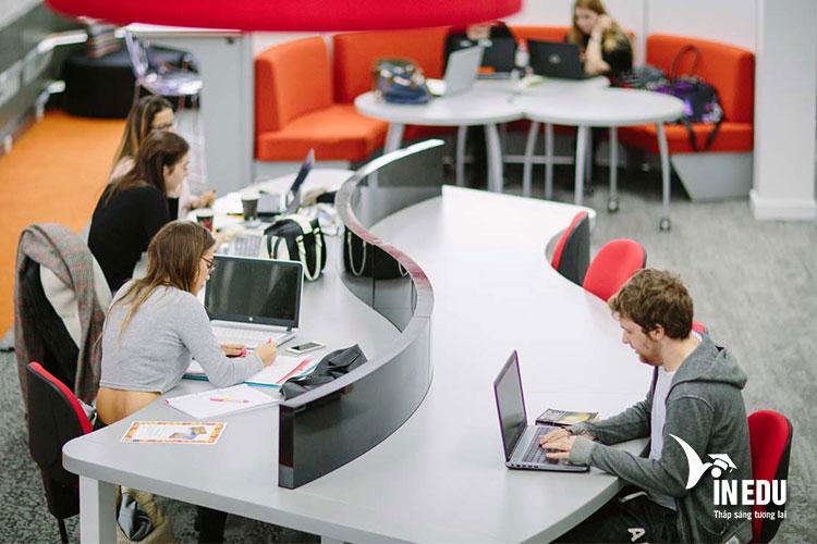 Đăng ký các chương trình học hấp dẫn tại Đại học Lancaster