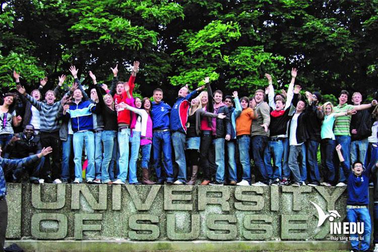Hãy nhanh tay đăng ký nhập học tại University of Sussex và tận hưởng cuộc sống sinh viên năng động