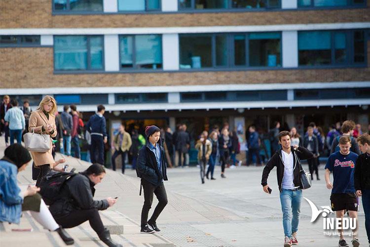 Học phí du học tại đại học Lancaster, Vương quốc Anh