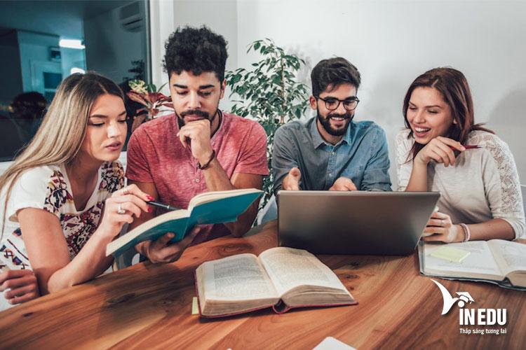 Yêu cầu chung khi đăng ký các chương trình học tại Đại học Keele