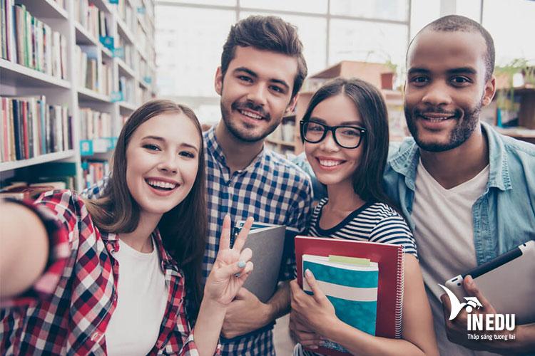 Cơ hội việc làm cao dành cho sinh viên sau khi tốt nghiệp tại trường